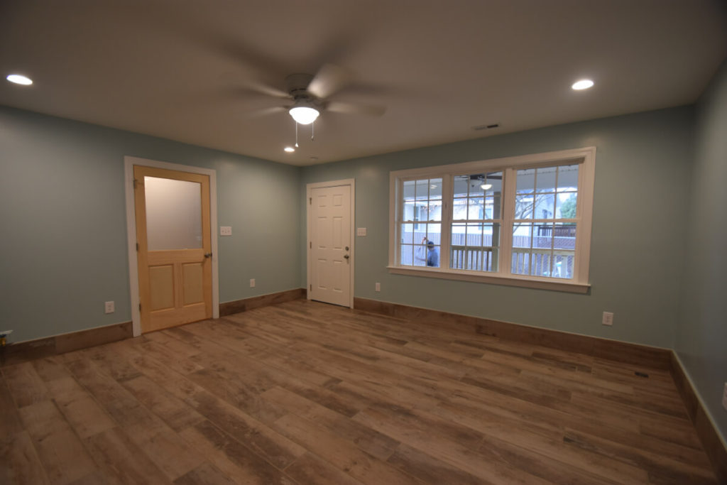 South Charlotte Contractor for Living Room Flooring